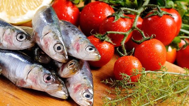 la dieta mediterranea caratteristiche